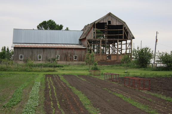 barn from north